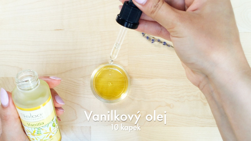 Vanilkový olej jako přísada do domácího levandulového balzámu