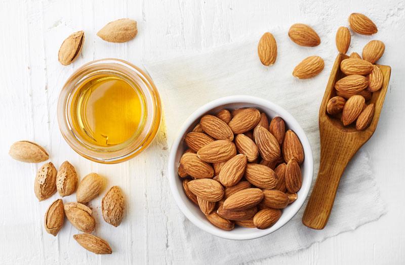 Mandlovy olej prirodni zdroj vitaminu E