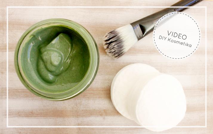 detoxikační pleťová domácí maska ze zelených superpotravin