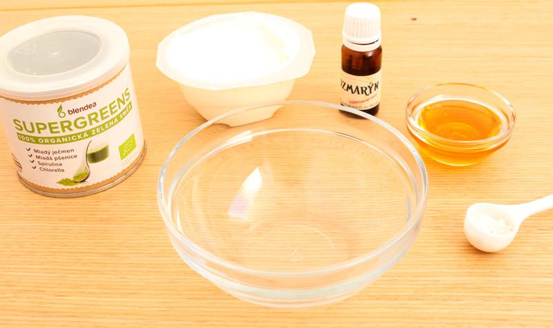 ingredience na výrobu detoxikační masky ze zelených superpotravin