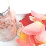 Návod na přípravu růžové soli do koupele